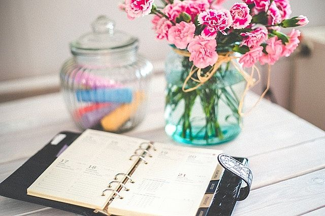 ブログを予約すると経営の時間が増やせます