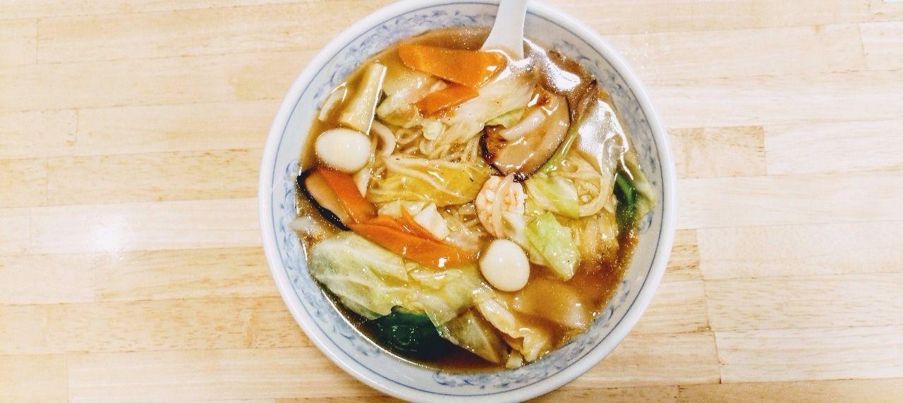 ぎょうざの満州武蔵境店の旨煮そば お得です
