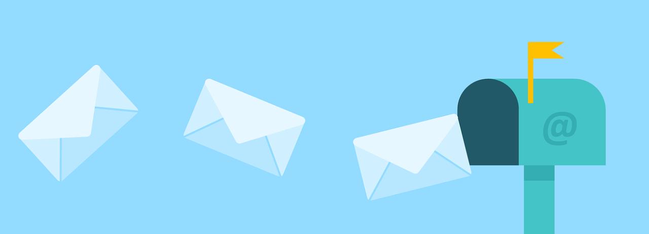 入居者に定期的にメール送信する管理会社の事例